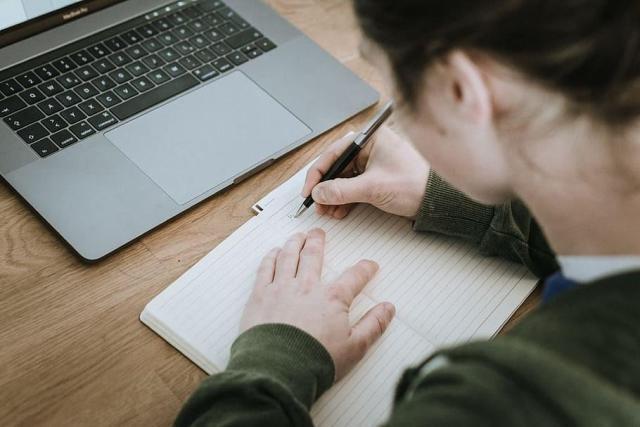Motivációs levél írás Workshop és Konzultáció -  Külföldre felvételizőknek